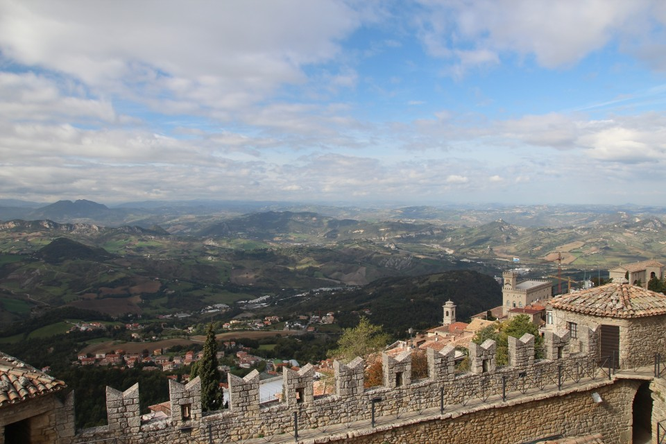 11 San Marino