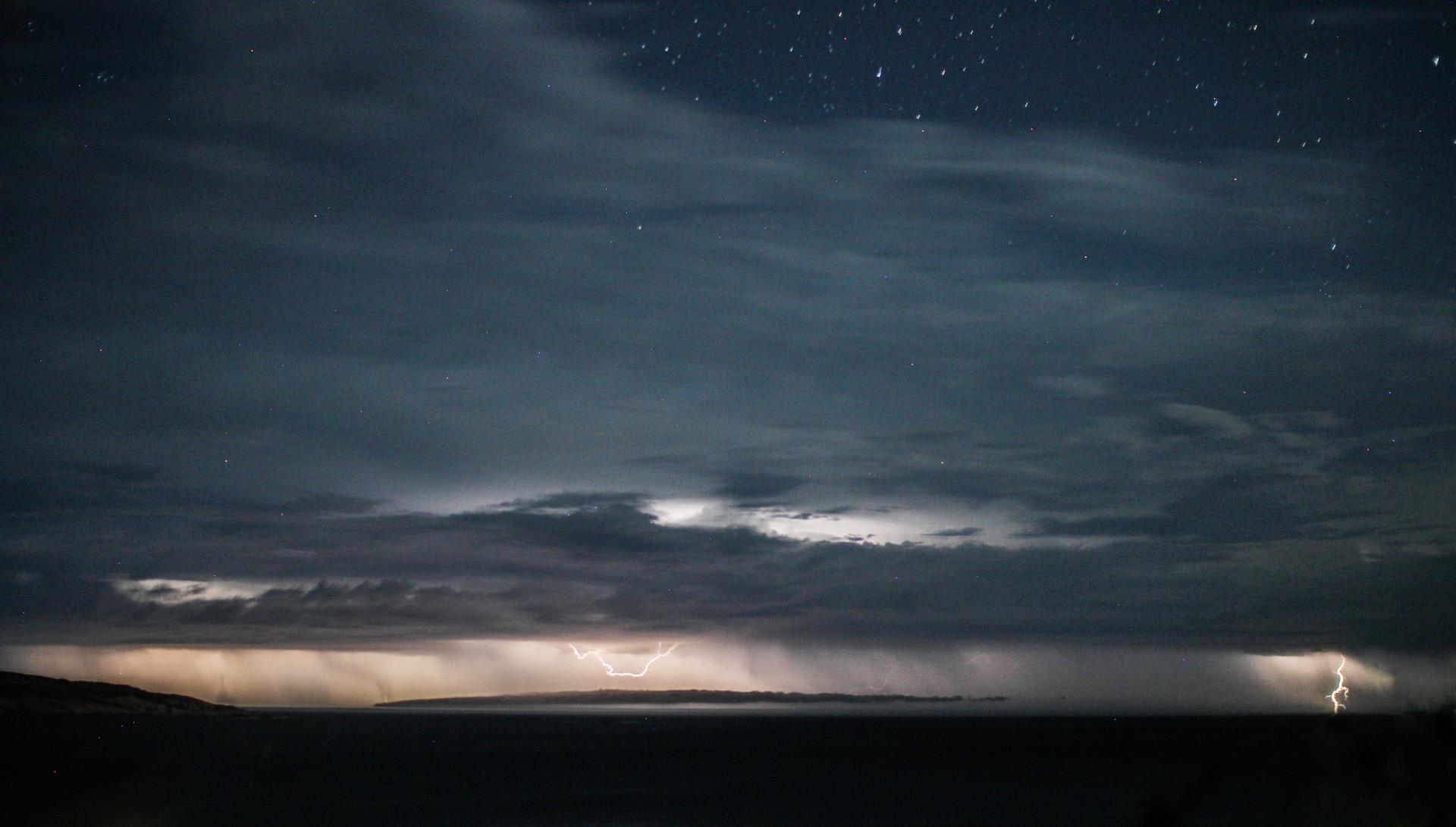 Lightning off Esperance
