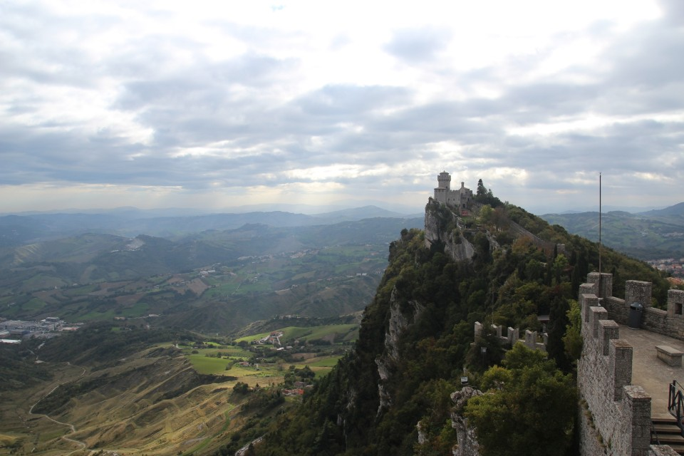 13 San Marino