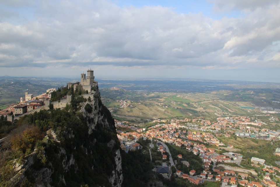 14 San Marino