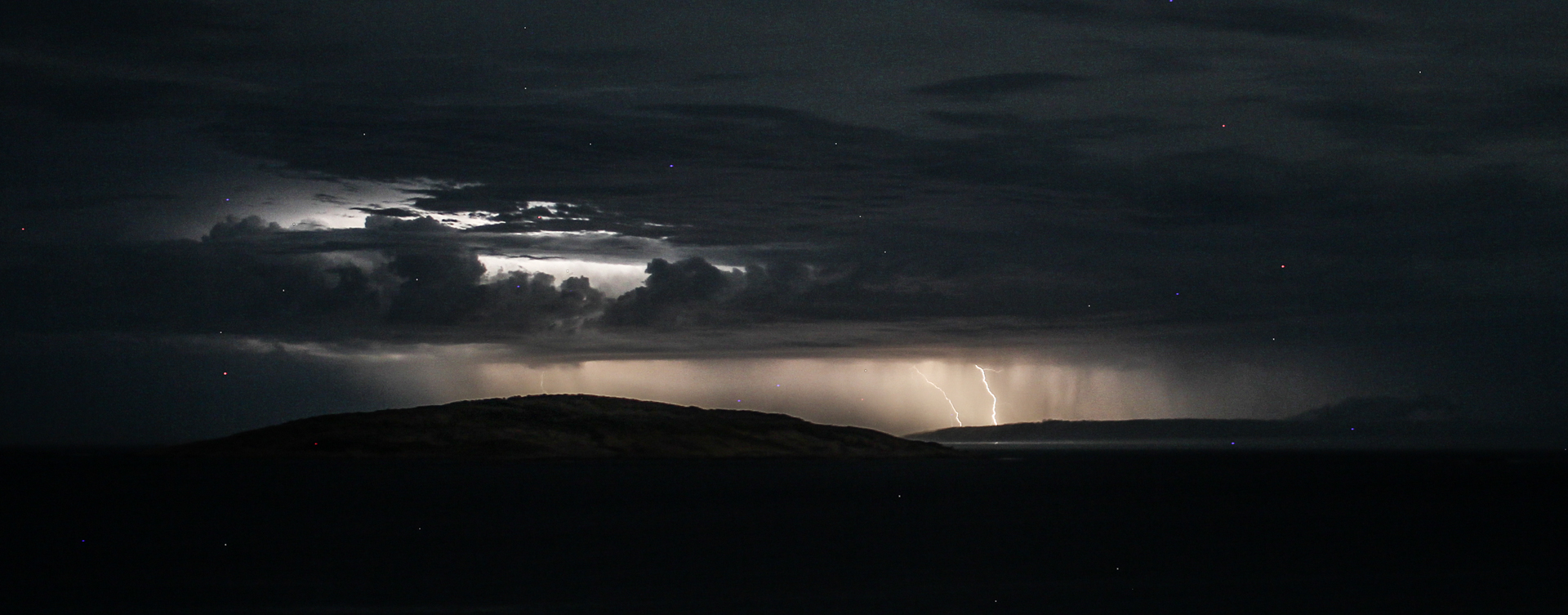 Lightning off Esperance 3
